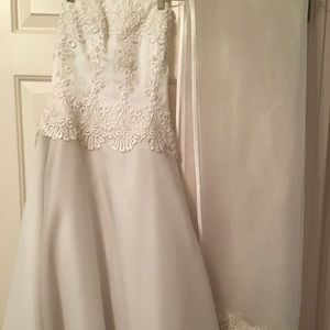 ❤️Strapless Wedding dress white w/lovely beading